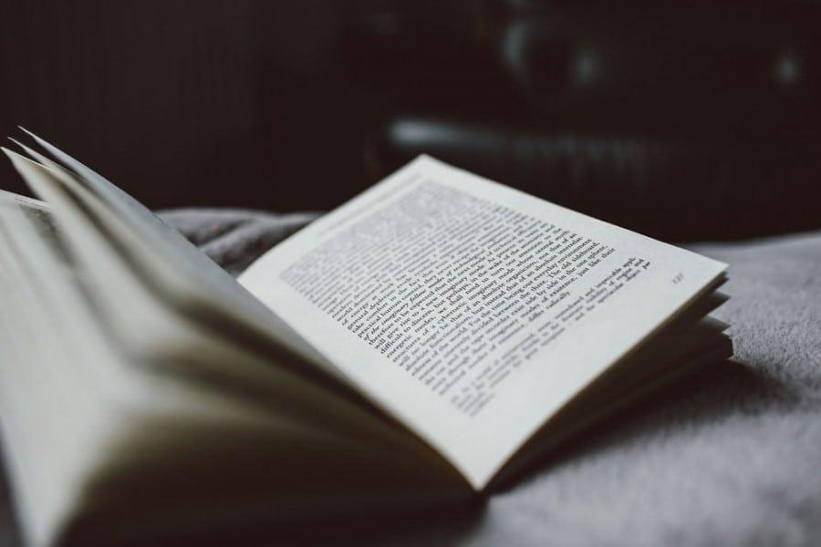 Diálogos para agilizar una novela, y algo más