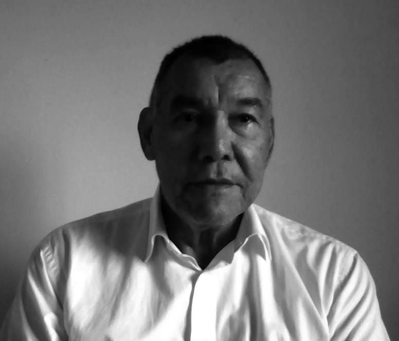 """Entrevista a Lucas Rodríguez Gamboa , autor de """"El laberinto de Luks"""""""
