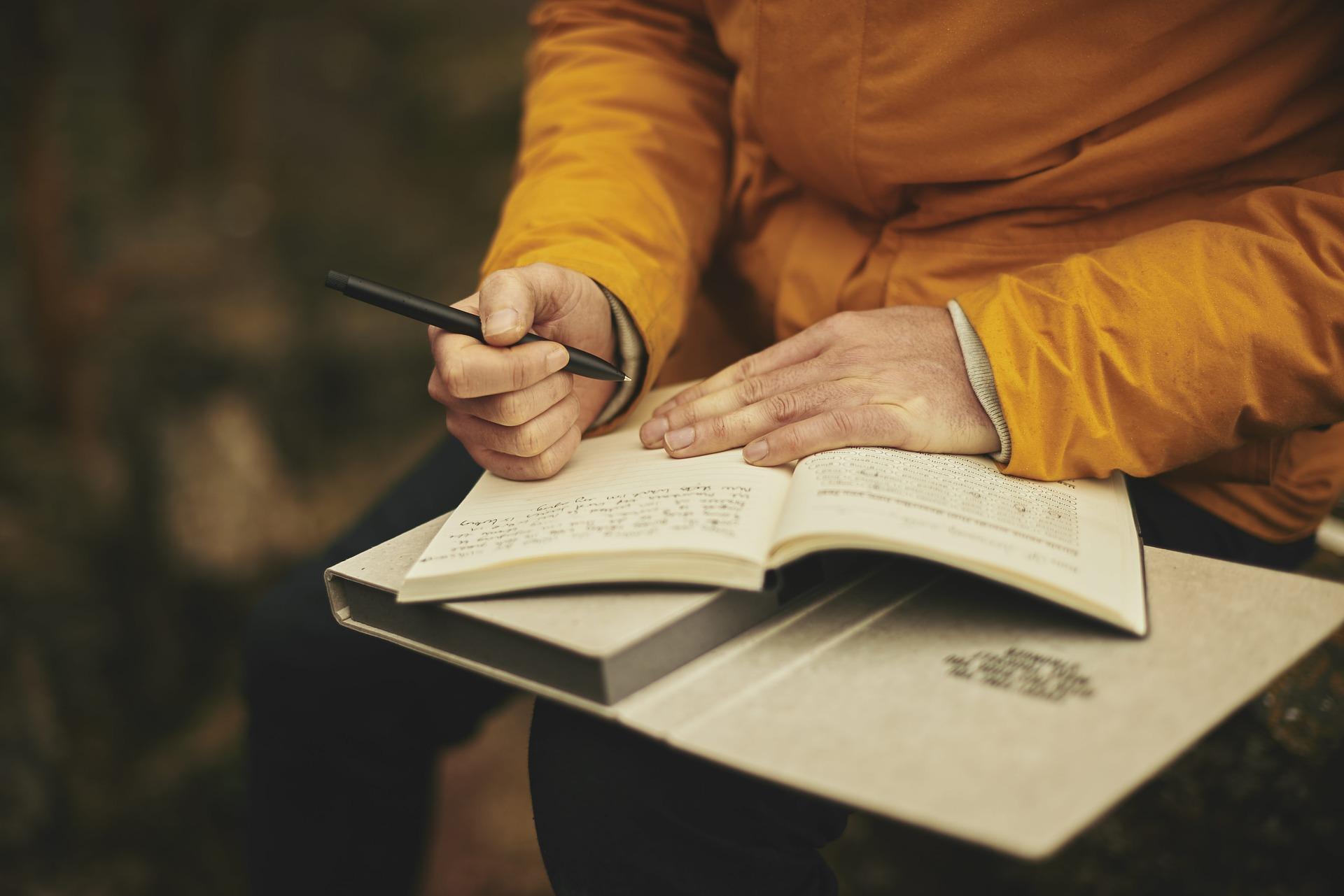 Claves para tener en cuenta a la hora de crear tu lugar de escritura: la importancia del orden