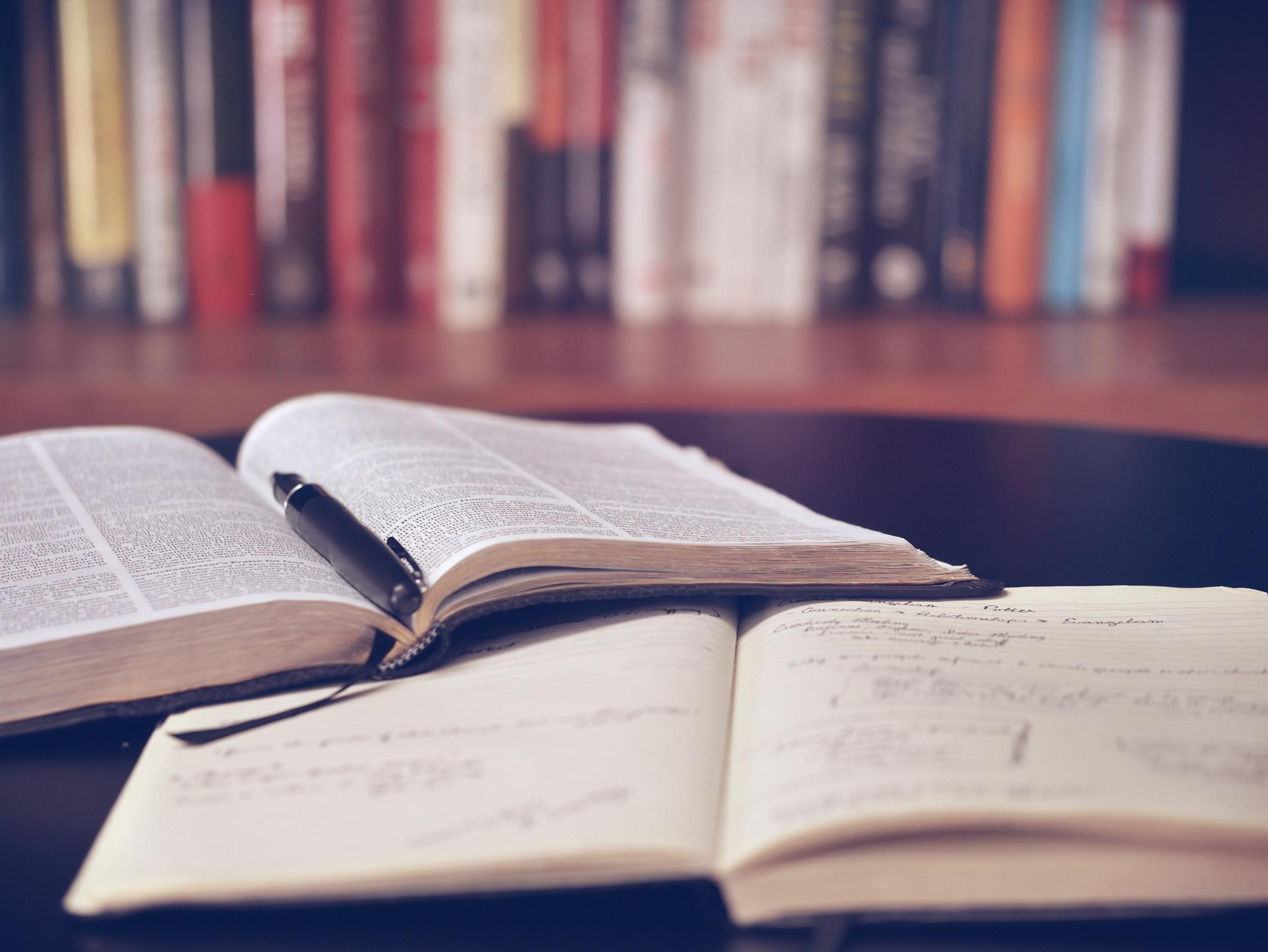 El manejo del tiempo en las novelas: detalles para reflejar el tiempo